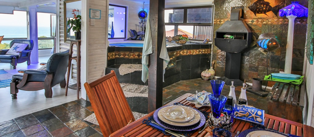 24 Houtbosch Bay Bokmakierie Honeymoon Suite with Jacuzzi
